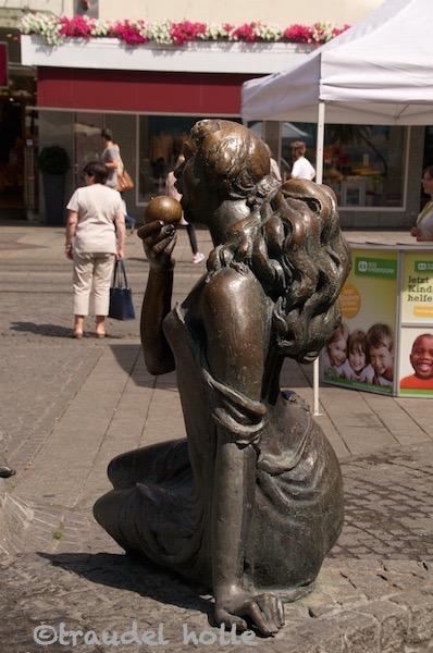 Adam und Eva Brunnen Würzburg